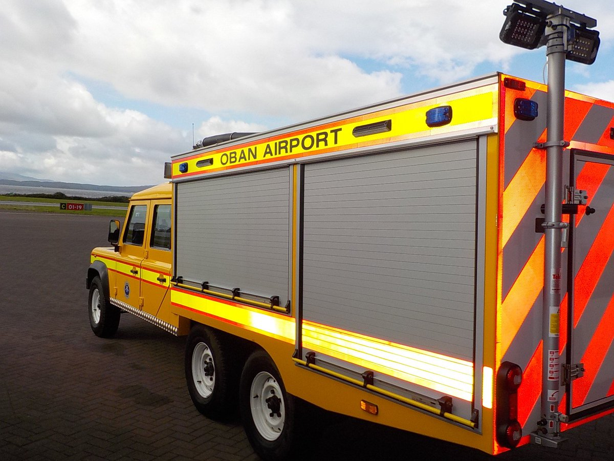 Isle of Mull Fire skills course welcomed by the duty crew @ObanAirport   #youthengagement <br>http://pic.twitter.com/ns4Kv4FOWJ