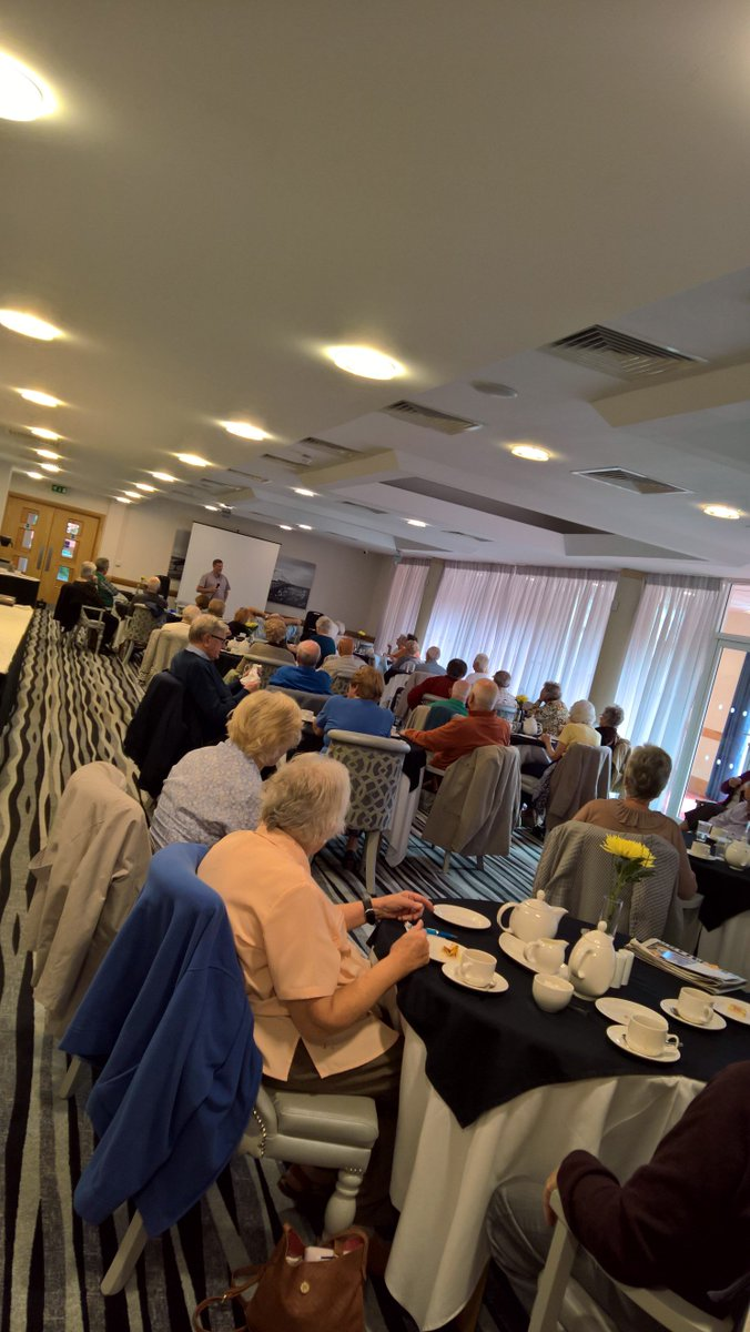 Poppy Club welcomed a speaker today, giving a talk on Liverpool evacuees. #royalbritishlegion #poppyclub #poppy #bynghouse #Southport<br>http://pic.twitter.com/qZtPDvp4ry