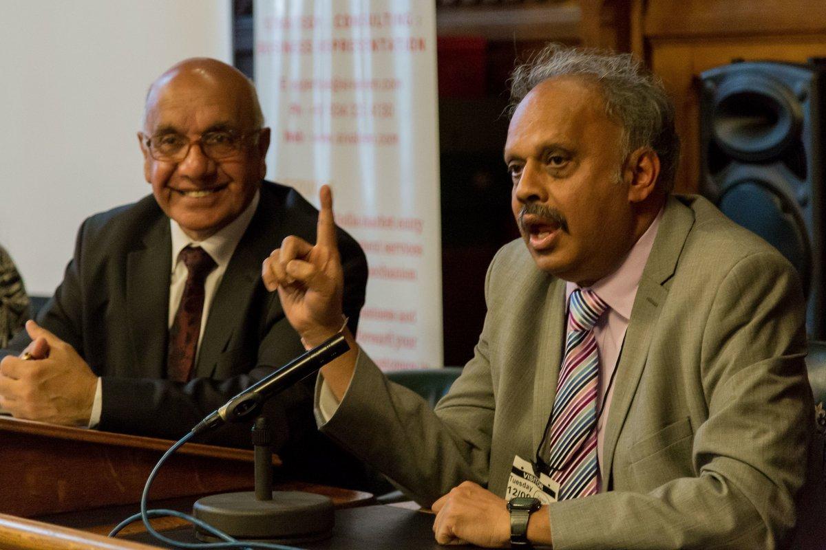 Our Patron @VirendraSharma appreciating @DrUmeshPrabhu talk during #IndiaHealthcareSummit held @ #UKparliament on 12th Sep #UKIndia #IndiaUK<br>http://pic.twitter.com/ASWpGVfKlr