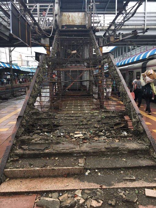 #Borivali station platform 5. #Mumbai #IndianRailways https://t.co/BPjSdyBufS