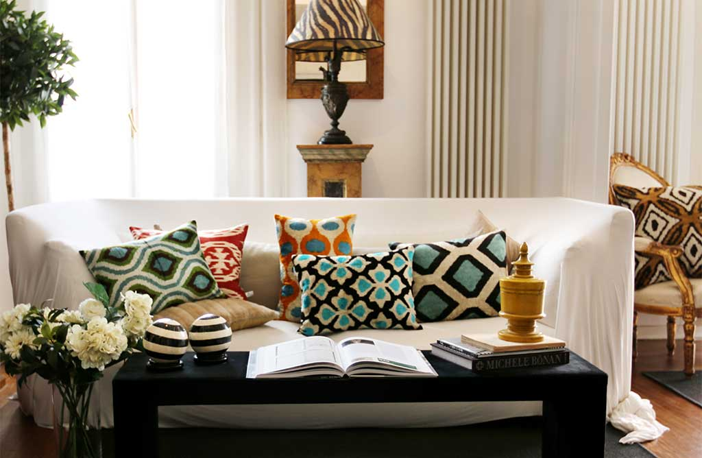 Interiordesign Di Les Ottomans Cuscini In Seta Homedecor Ethnicstyle Pictwitter B2LEeiBHtp
