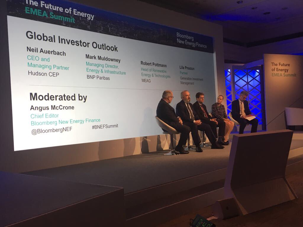 [#impactinvesting] Mark Muldowney from @BNPParibas speaking about the future of investing in #cleanenergy at #BNEFSummit #energy<br>http://pic.twitter.com/DJELSdFwad