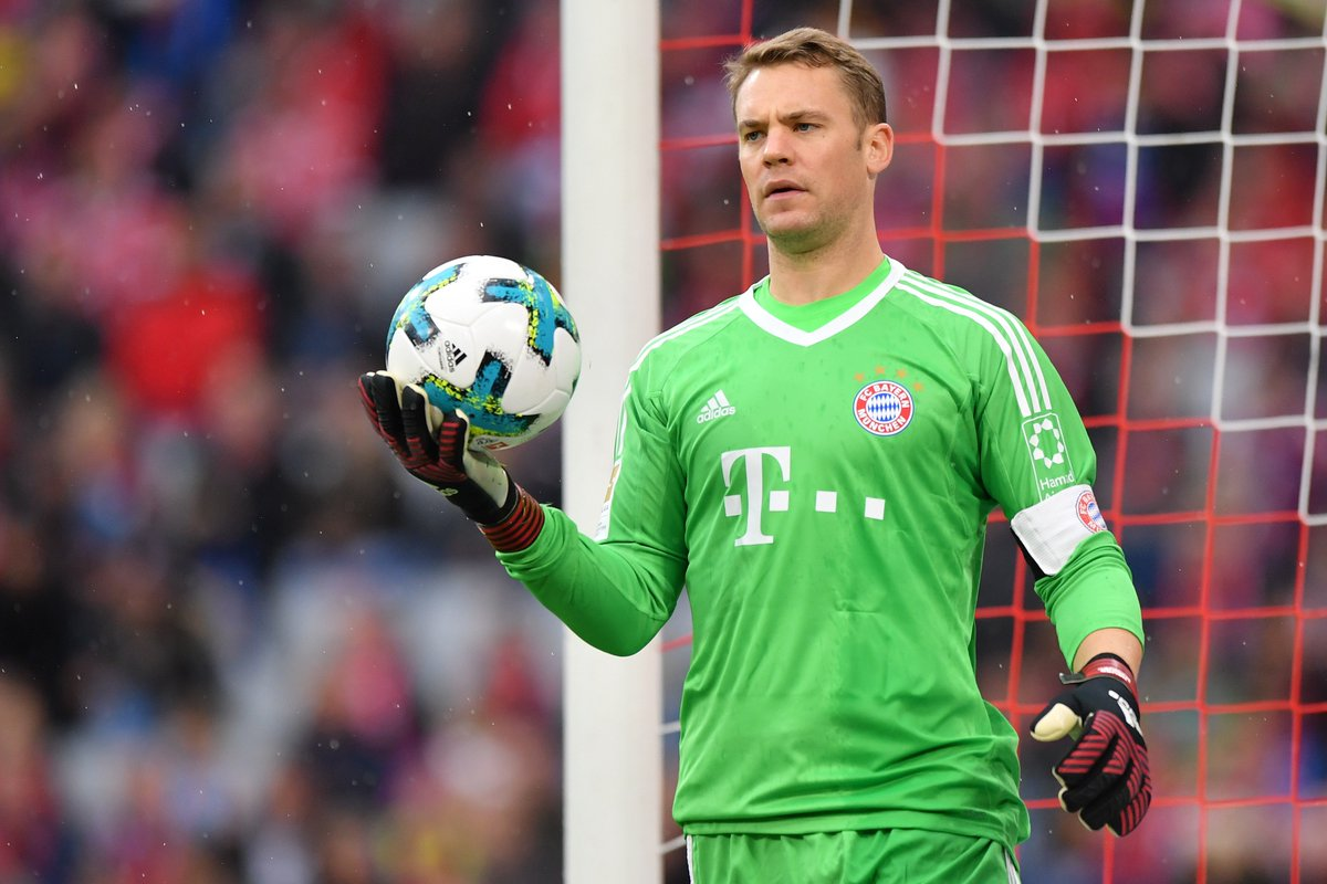 OFFICIAL: Bayern Munich confirm that Manuel Neuer will be out until Ja...