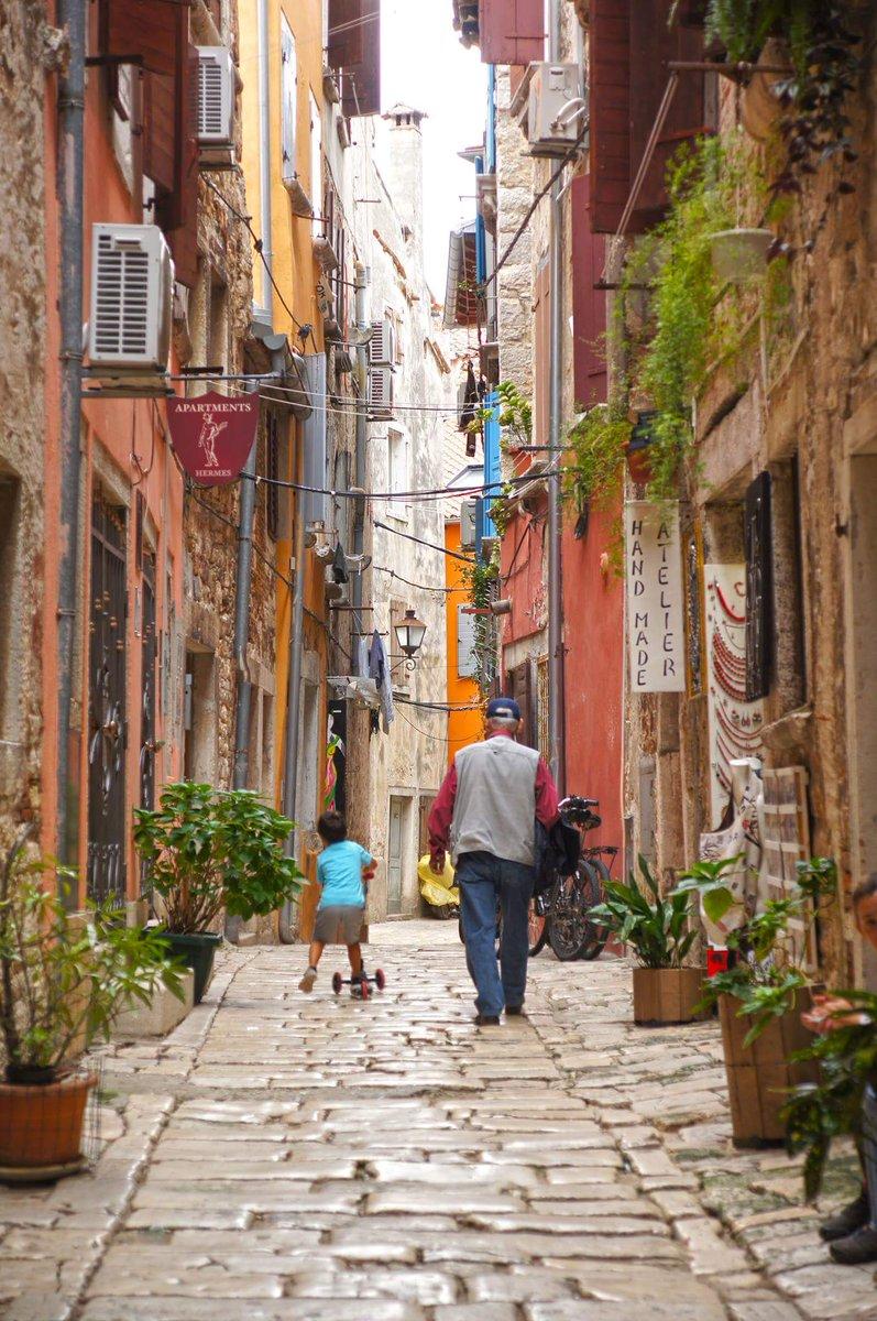 Don t travel read only one page st augustine rovinj croatia - Rovinj Istria Croatia Travel Travelblog Croatiafulloflife Natgeo Shareistria Putopispic Twitter Com O3ycqpynsx