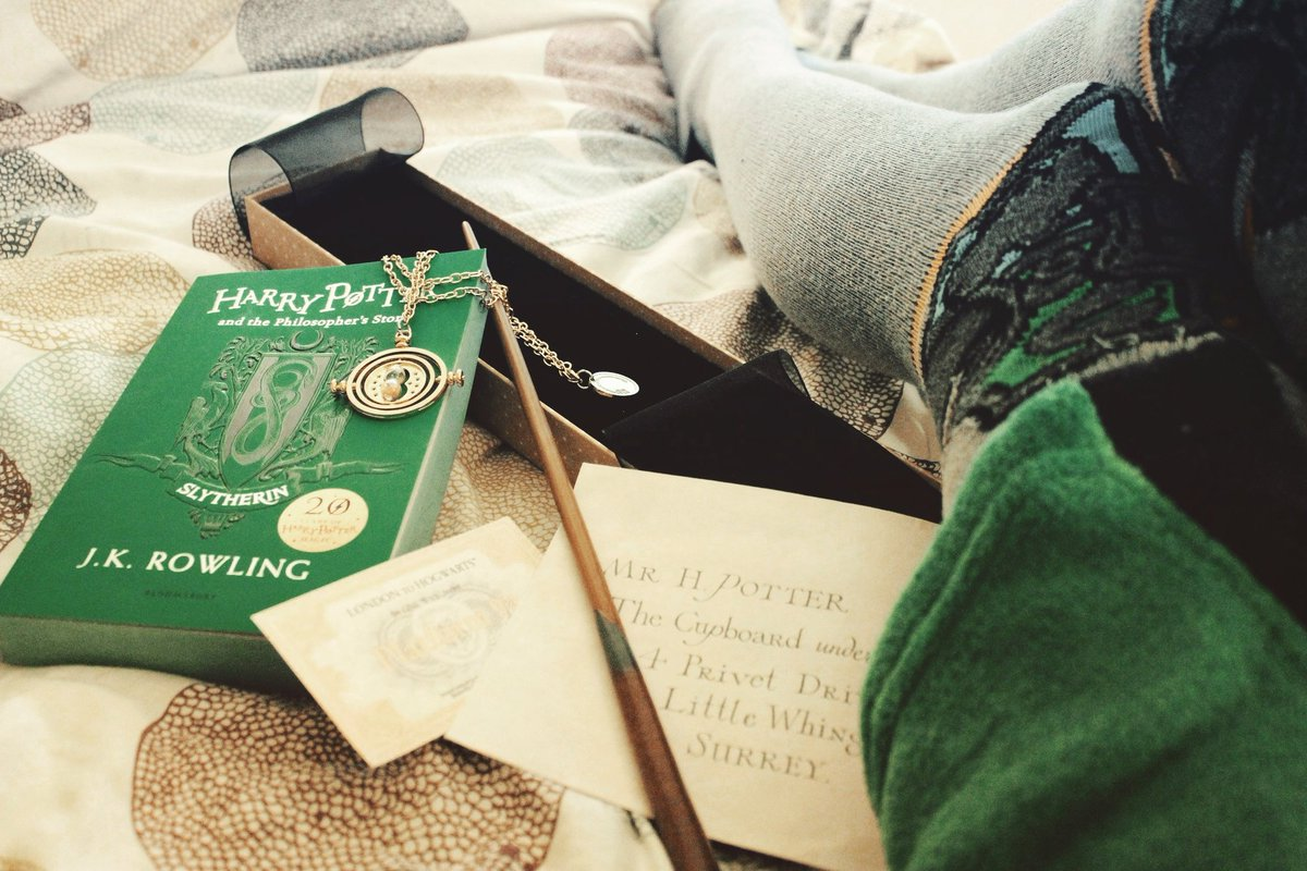 &quot;Or perhaps in Slytherin you&#39;ll make your real friends [...]&quot; #HarryPotter20 #Slytherin<br>http://pic.twitter.com/1wOYUnKDWq