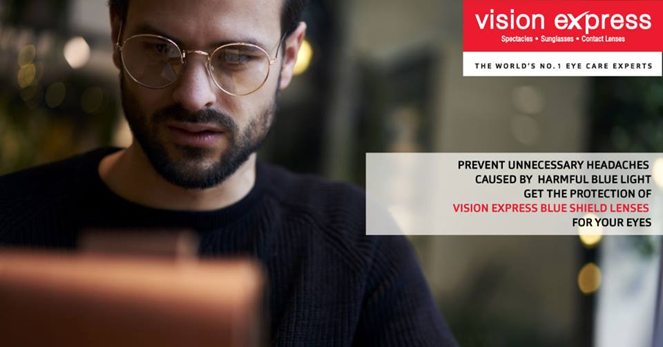 Vision Express Blue Shield Lenses block blue light from your digital devices &amp; keep your eyes safe. #BlueShield #Eyecare <br>http://pic.twitter.com/PE1pL6pbjn