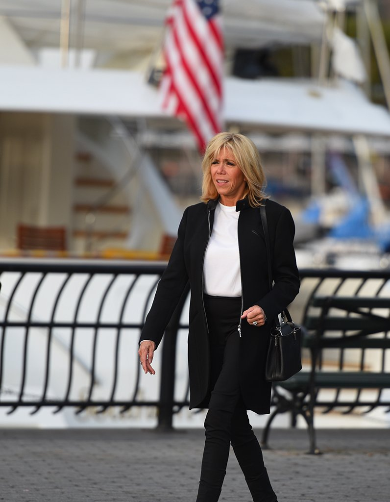 #People Brigitte Macron : la Première dame impose son style à New York https://t.co/5PZSlDYXTW