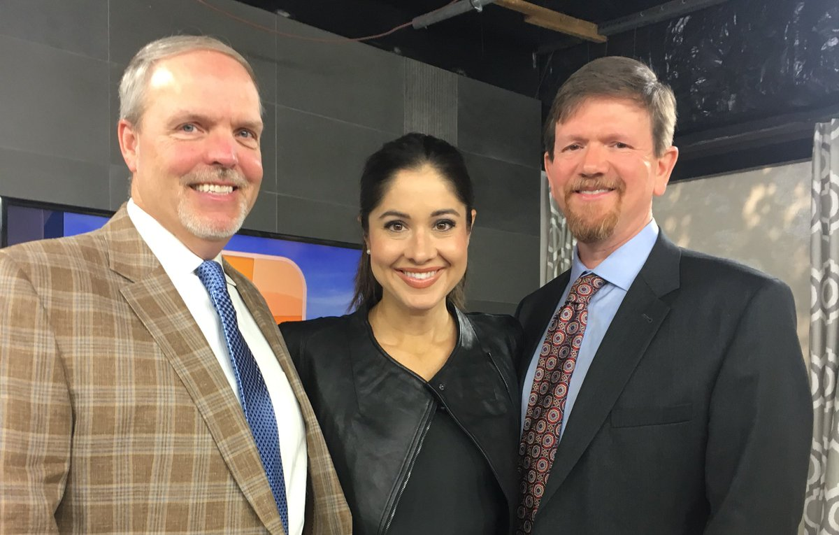 Thank you to @abc3340 &amp; @NicoleAllshouse for having Drs. Davis &amp; Moore on #TalkOfAlabama today. #JointReplacement #Stryker #Mako<br>http://pic.twitter.com/vSYV2EMKAr &ndash; at ABC 33/40
