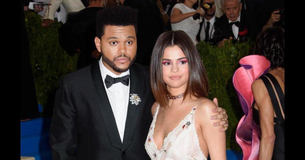 VIDÉO Selena Gomez partage ses vêtements avec The Weeknd https://t.co/r7ZcnQXUjt