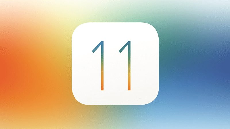 The iOS 11 update will be available at 1:00PM EST for those in the Eastern time zone! #Apple #iOS11 https://t.co/bTdxXls2Tl