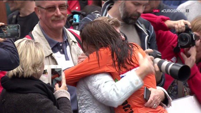 Bergen, van Vleuten è campionessa nella crono, anche contro la pioggia - https://t.co/VFKF3f7kT7 #blogsicilianotizie #todaysport