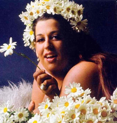 Happy Birthday to fellow queen, Mama Cass of The Mamas &amp; The Papas! #MamaCass #Queen <br>http://pic.twitter.com/5z2MIxPGZx