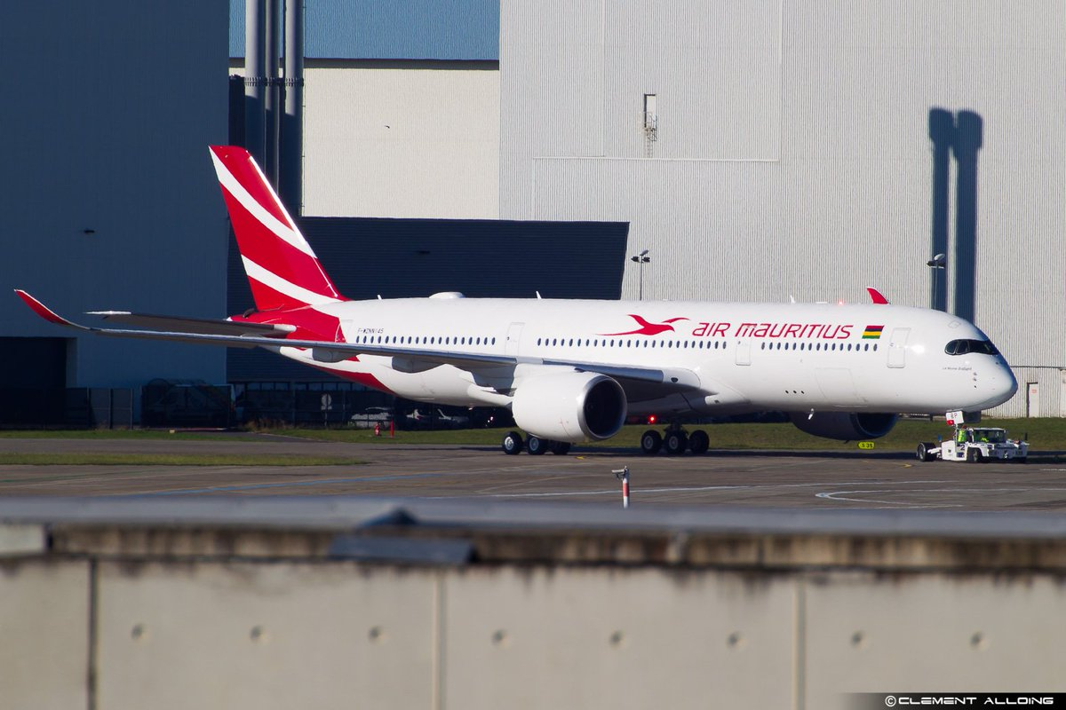 1st #A350 @airmauritius performing first Engine run this morning !! #toulouse #AvGeek<br>http://pic.twitter.com/UbuCHRqbHr