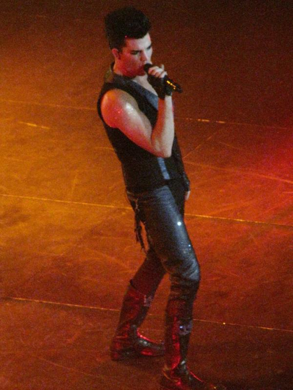 #AdamLambert #GNT 2010 #memory   Glam Nation Tour «Seminole Hard Rock Hotel &amp; Casino», #Hollywood, #Florida, USA, 19.09.2010<br>http://pic.twitter.com/sq3TpvBccD