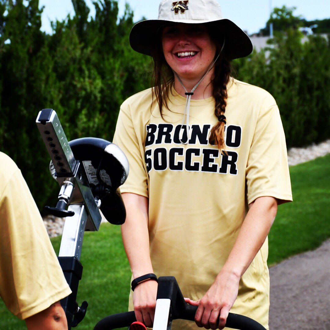 WMU Womens Soccer On Twitter Ladies And Gents Lets Wish Bucket Hat Woman Aka Big Girl Erin Madigan A HAPPY BIRTHDAY
