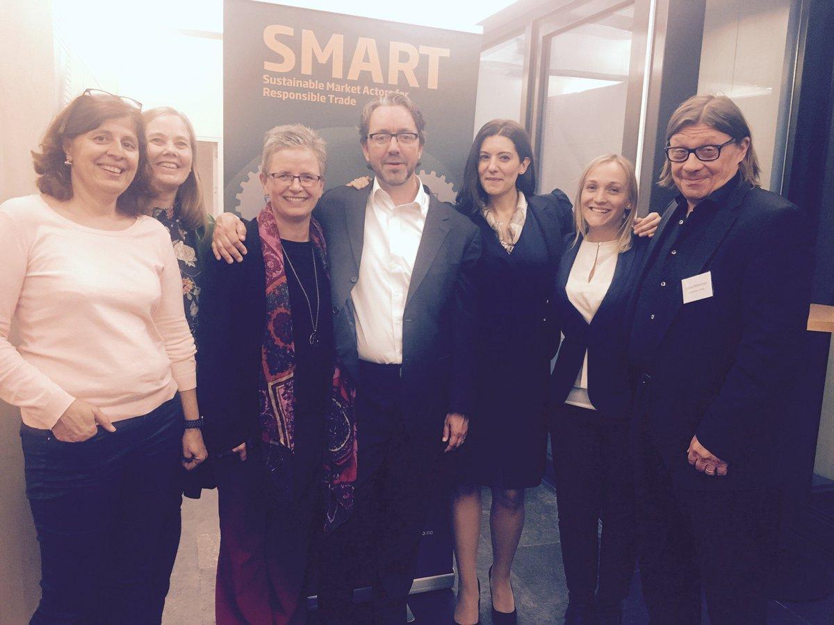 My amazing colleagues #SMARTproject #Brussels #reporting @UniOsloSMART @bristolunilaw<br>http://pic.twitter.com/CuO0vE6UVu