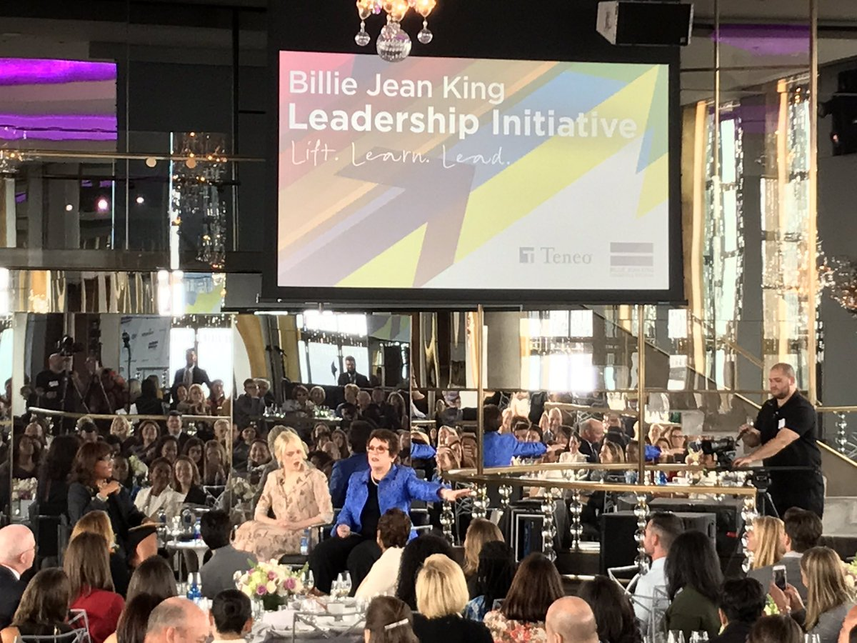 3 Legends on stage @kbdavis7760 @BillieJeanKing &amp; Emma Stone talking about leadership &amp; inclusion! #bjkli #inclusion #equality #goforit<br>http://pic.twitter.com/FT2FaGX8Zw &ndash; at Rainbow Room