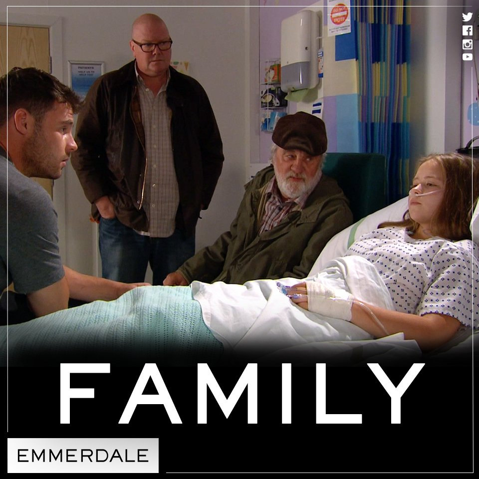 The Dingles rallying around Liv ❤️ #Emmerdale