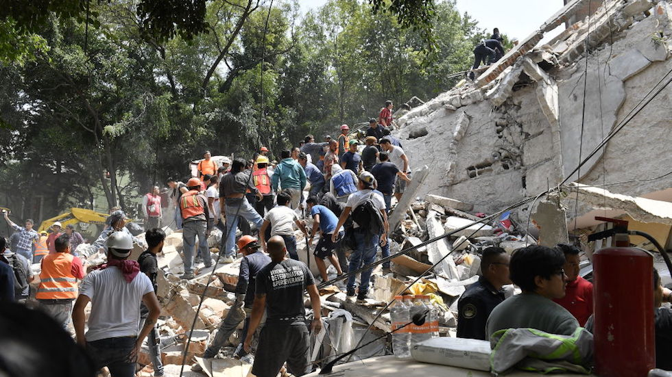 UPDATE: At least 104 dead in Mexico after earthquake https://t.co/hVE9C93Vgd