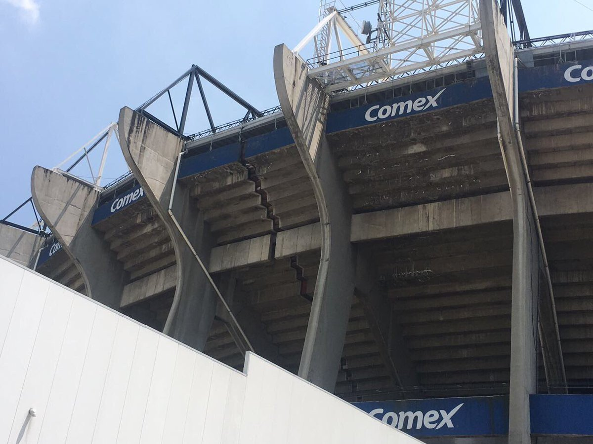 Terremoto di grado 7,1 in Messico. Si spezza in due lo Stadio Azteca - https://t.co/eaR0Dc2l22 #blogsicilianotizie #todaysport
