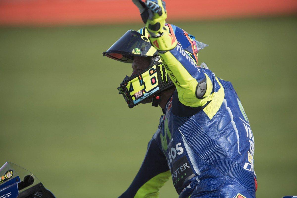 "Rossi fa 20 giri a Misano, la Yamaha: ""Test medici mercoledì, poi deciderà"" - https://t.co/8AjGLKZ1NA #blogsicilianotizie #todaysport"