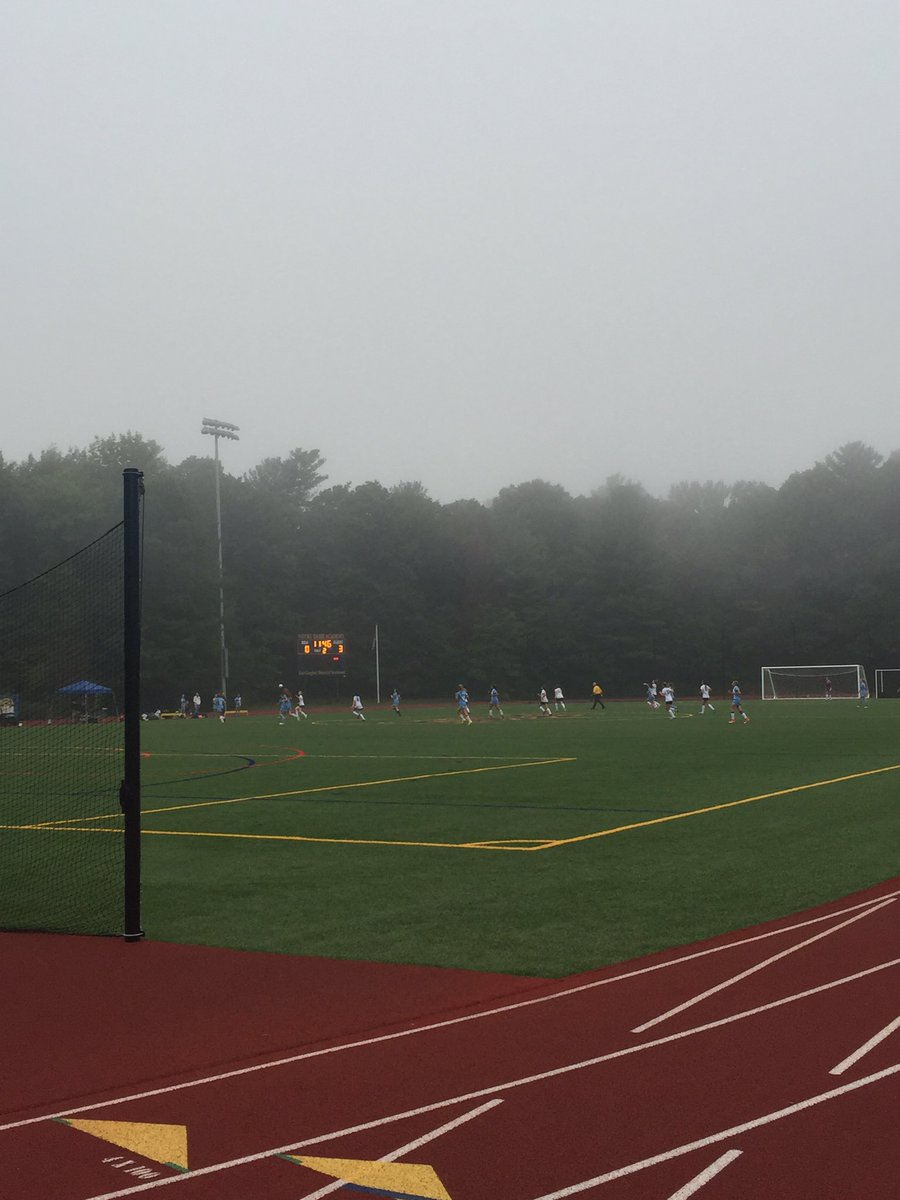 JV holding their own with 11 minutes to play!!  #medsoc17 <br>http://pic.twitter.com/N3fr8muQoZ