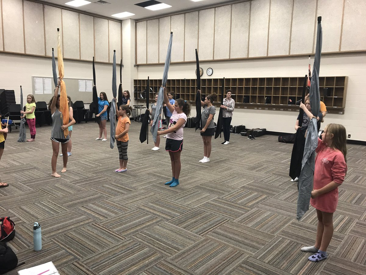 Day 1 of GMS Color Guard! This will be a dynamite group!!! Thanks @haleygreenn_ and @kyliedowling #FountainCityStrong #Guard #MusicEd<br>http://pic.twitter.com/JE91gonH8o