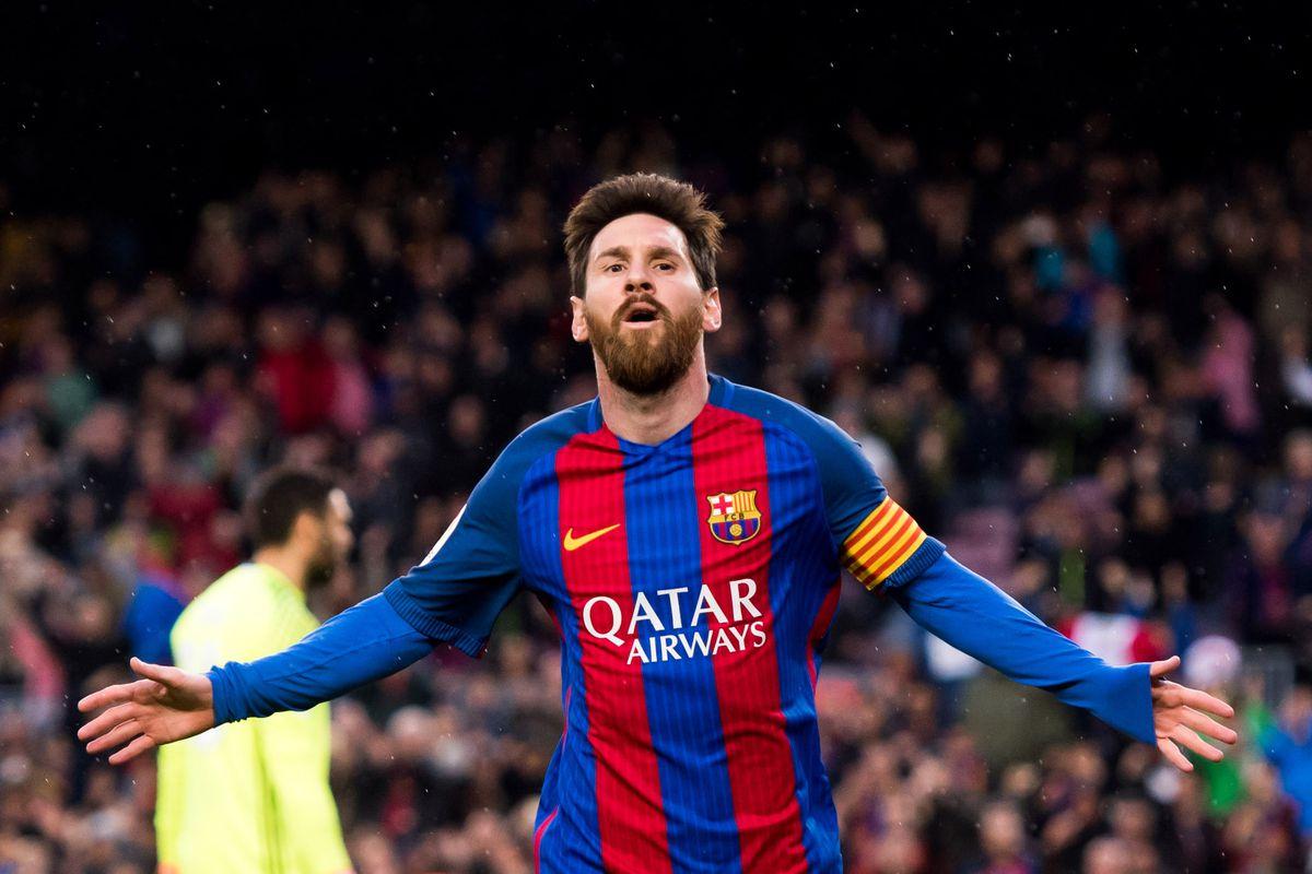 هدف رائع من ميسي ليكون الثاني له والرابع لفريق برشلونة أمام إيبار