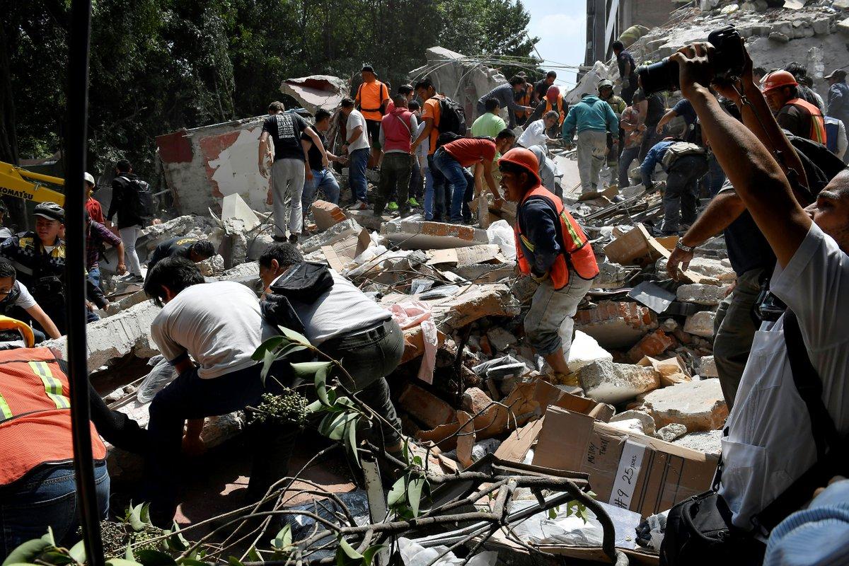 ÚLTIMA HORA Ya son 63 los muertos por el terremoto en México https://t.co/CMCVhOoog7