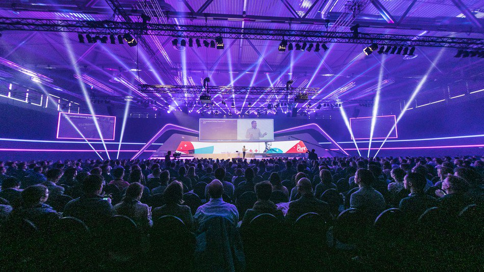 Every year at #dmexco generates powerful insights on #innovation. Here&#39;s some of the best shared info  http:// on.mash.to/2jutfhr  &nbsp;   @mashable<br>http://pic.twitter.com/WX5zPRn0Ru