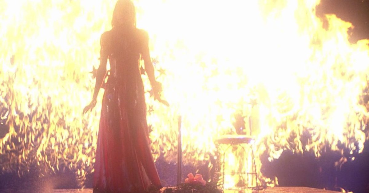 #Terror #Trivia: The prom scene in #StephenKing&#39;s #Carrie (1976) over two weeks to shoot and required a total of 35 takes.<br>http://pic.twitter.com/StGo7FLrL2