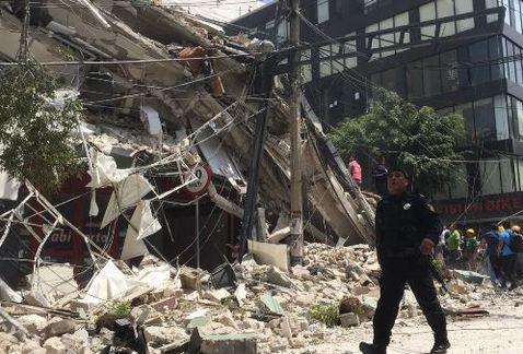 ¿Qué debes tener a la mano en caso de una emergencia?https://t.co/TvGQ55bif5 #Sismo #CdMx #FuerzaMéxico https://t.co/85bL0CZGhx