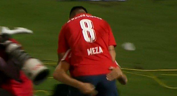 ¡Golazo de Independiente! Maxi Meza marcó el 1-0 ante Atlético Tucumán...