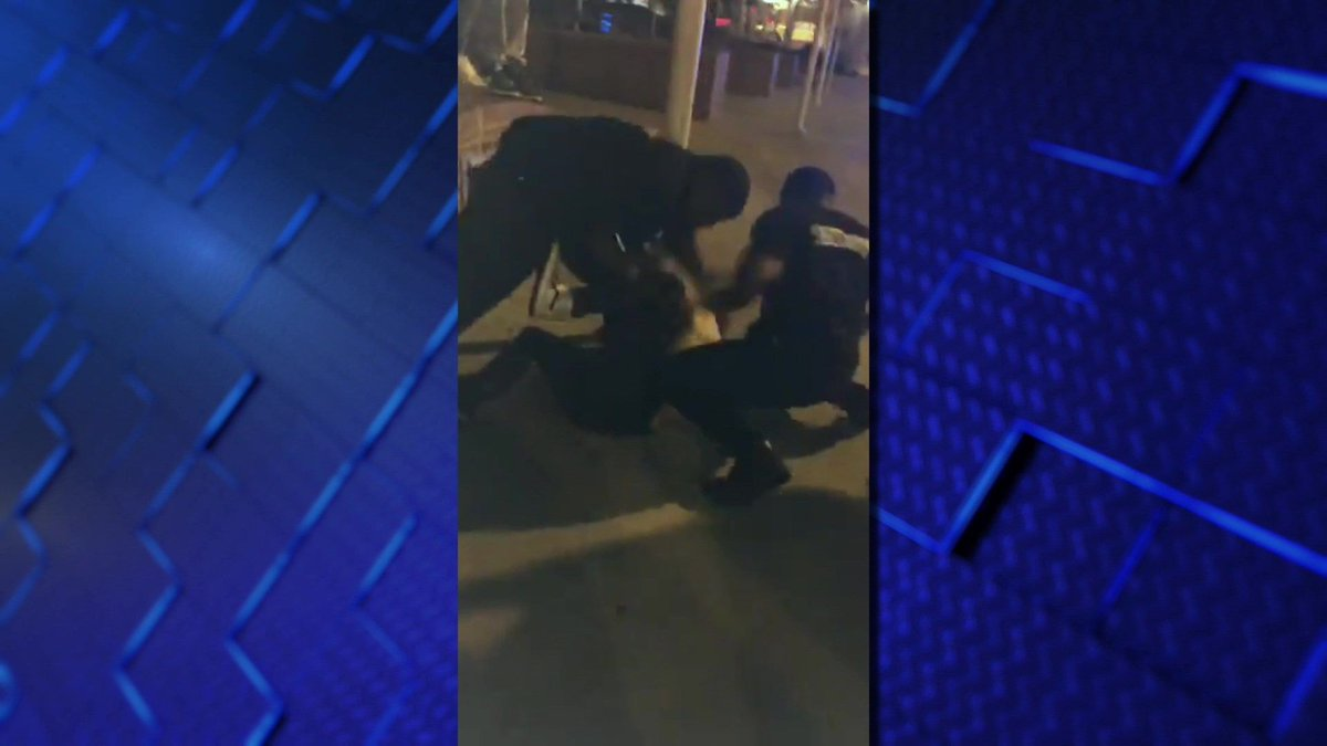 CAUGHT ON CAM: Underage man scuffles with Beale Street security #wmc5 >>https://t.co/pfARovjI9n