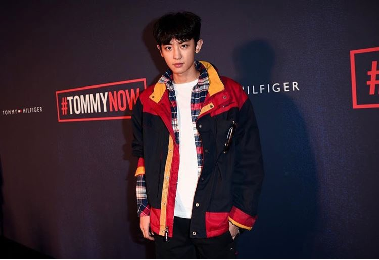 Gigi Hadid may have been on the runway, but many eyes were on #CHANYEOL in #TOMMYNOW's front row. https://t.co/7ii5h1Yc3e