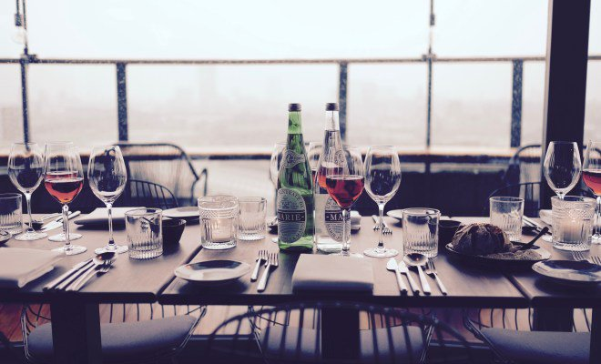 #Rooftopbars may get reprieve as #Maharashtra govt asks #excise department to review #license conditions.  http:// wp.me/p6wFHV-2IR  &nbsp;  <br>http://pic.twitter.com/Sf5YQRHMM3