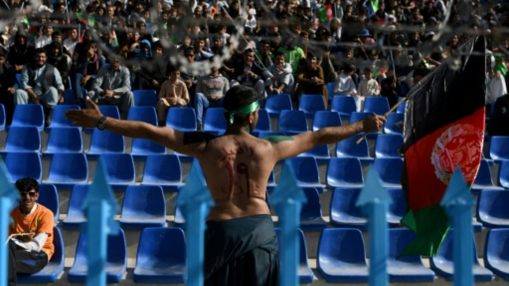 Cricket-mad Afghan fans flock to T20 despite violence https://t.co/XM6wAG3Xz1