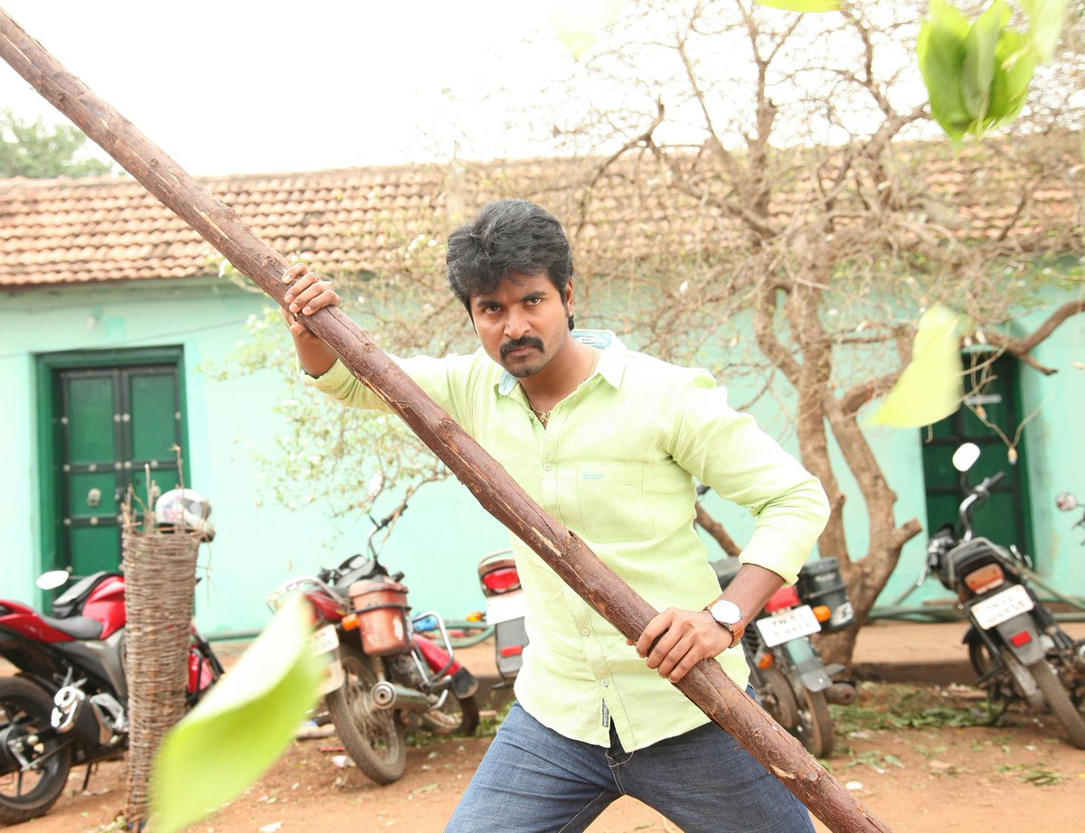 It&#39;s just beginning #PrinceSK #RajiniMurugan #Action #Throwback <br>http://pic.twitter.com/CYOwMFkzEf