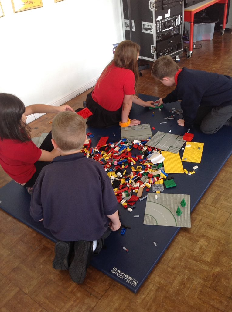 First lego quest of the new year. Great fun had by all #sharing #imagination to create a vessel<br>http://pic.twitter.com/B4mZ3EVo2g