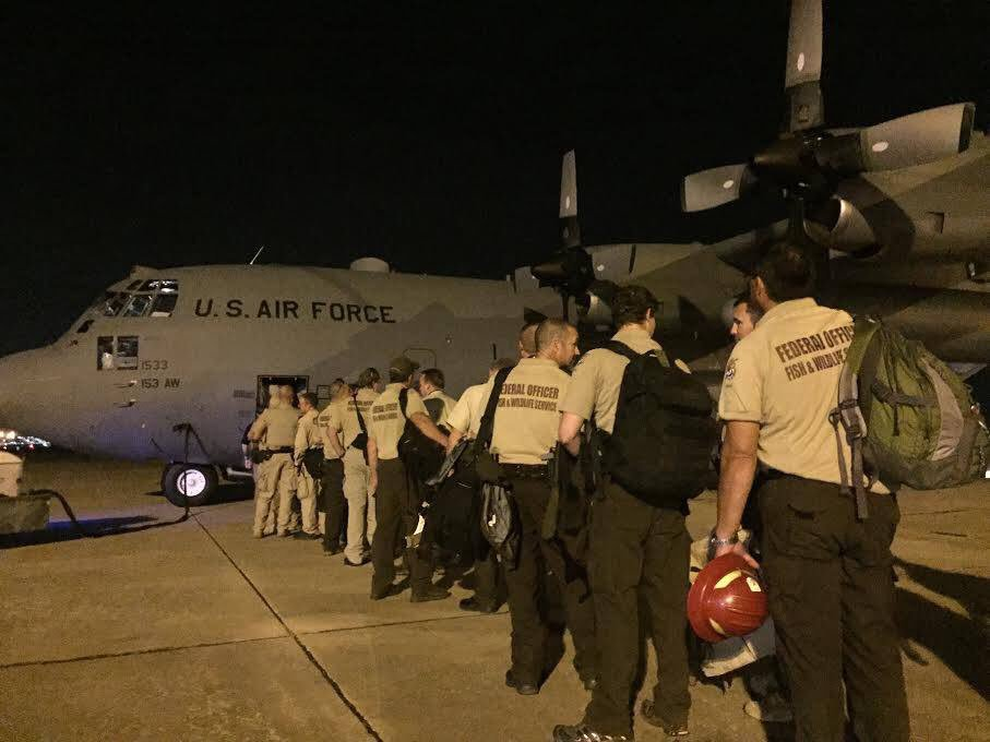 Federal Wildlife Officers on their way to Hurricane Maria response. #Maria #BeSafe <br>http://pic.twitter.com/z39TwotpRk