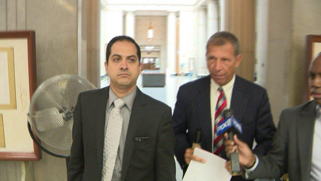 LI car dealership manager indicted for aiming gun at employee https://t.co/UvPWiihKrD