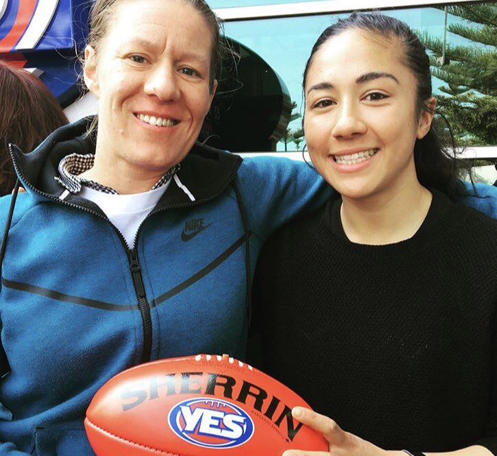.@hutchy_25 &amp; @darcyvee attended the YES logo reveal outside @AFL_House today  #inclusion #diversity #marriageequality<br>http://pic.twitter.com/VXRlgj4ZAo