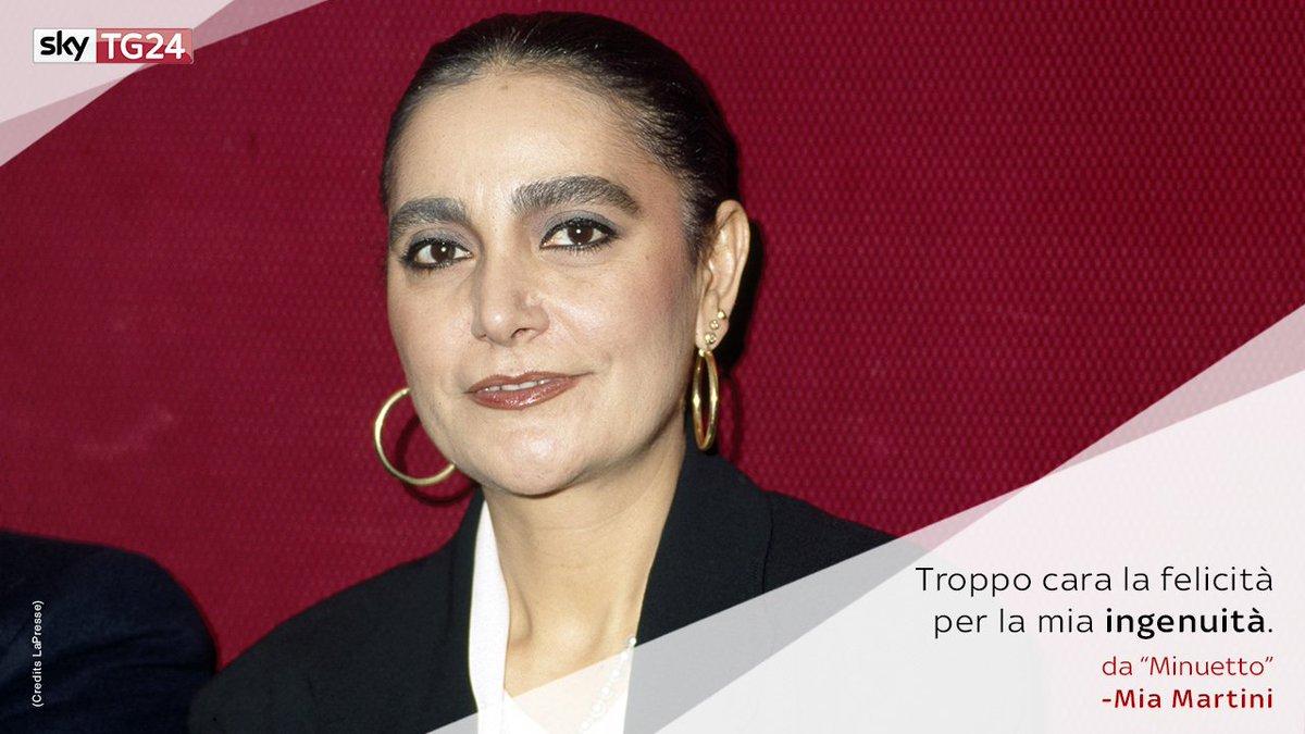 Una delle più significative voci della musica italiana, il #20settembre 1947 nasceva #MiaMartini. 🎤 #SkyTG24Ricorda