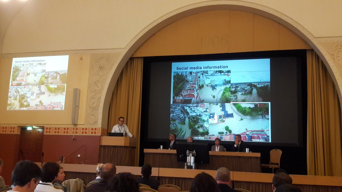 Poland Civil Protection is looking for more #SocialMedia in  meteorological event management #Anywhere #SMEM #MSGU #VOST<br>http://pic.twitter.com/AQCXKtqDGm