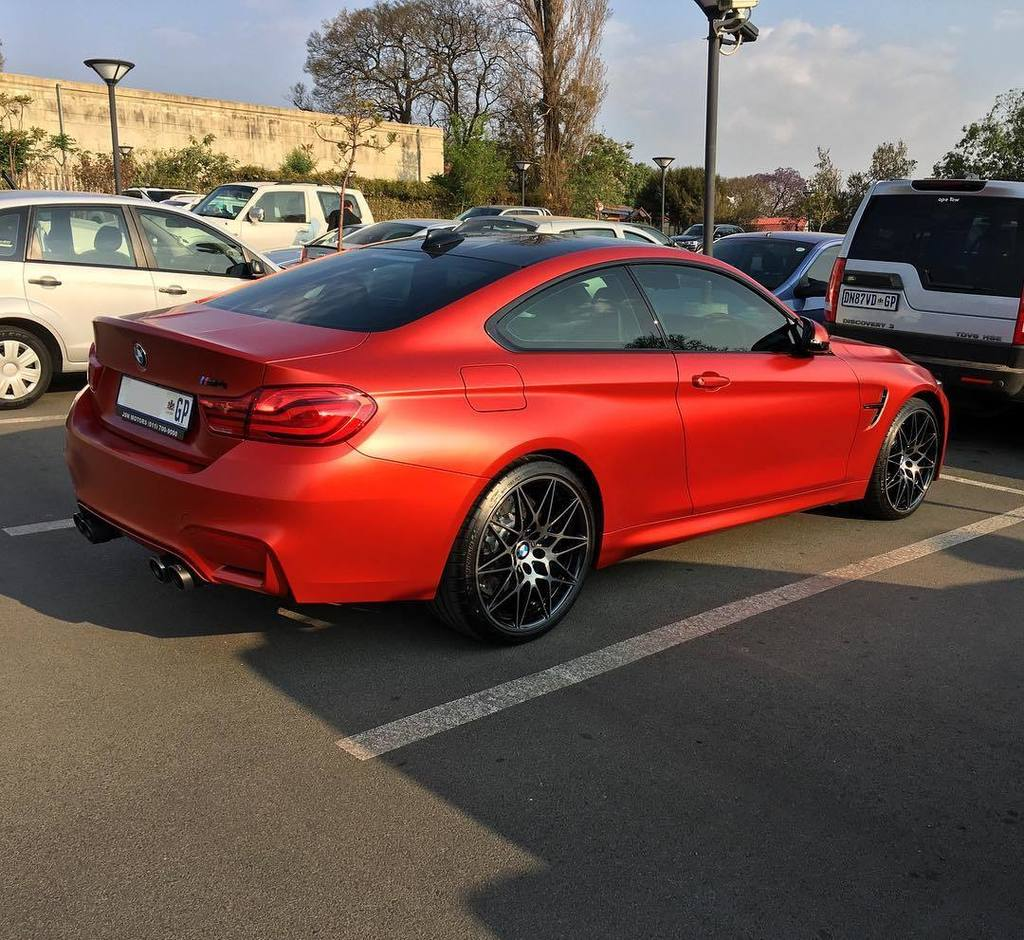 Stunning spec LCI BMW M4 Coupe seen by @deanmichau • #ExoticSpotSA #Zero2Turbo #SouthAfrica #BMW #M4 #Coupe #LCI <br>http://pic.twitter.com/R4iSLe8XPd
