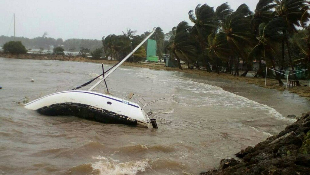 Hurricane Maria makes landfall in Puerto Rico as Category 4 storm https://t.co/TD7oT8M2xF