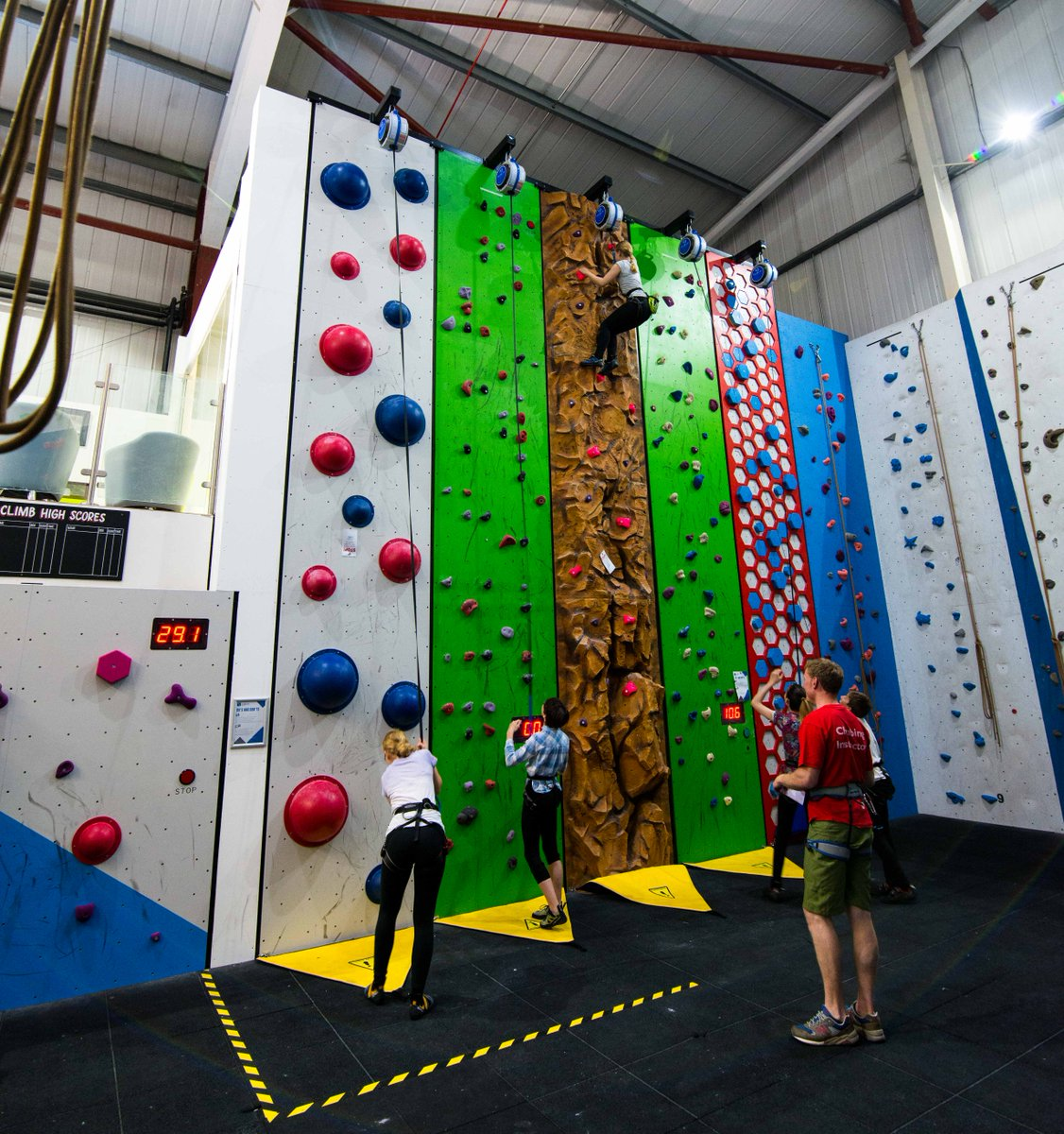 Child&#39;s birthday coming up? Check out awesome Rock Box challenges! #brighton #parties #climbing  http:// ow.ly/KkIY30fgwHs  &nbsp;   #mums @innearsussex<br>http://pic.twitter.com/tFGKHYGQXo