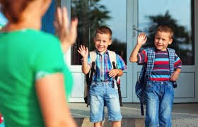 Back to school Safety tips- when you drop off your child in school, ensure they walk in before you leave #childsafety #BeSafe #schoolsafety<br>http://pic.twitter.com/UT3xXmRVMH