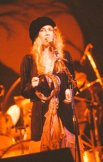 Good Morning Followers! #StevieNicks #FleetwoodMac #beautiful #vintage #70s #80s #follow<br>http://pic.twitter.com/pzBPo6Pwtp