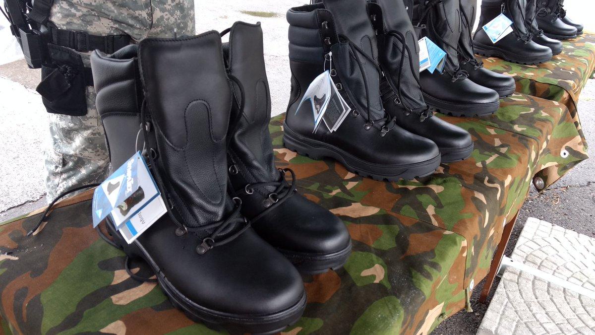 Резултат со слика за чизми за полицијата во македонија